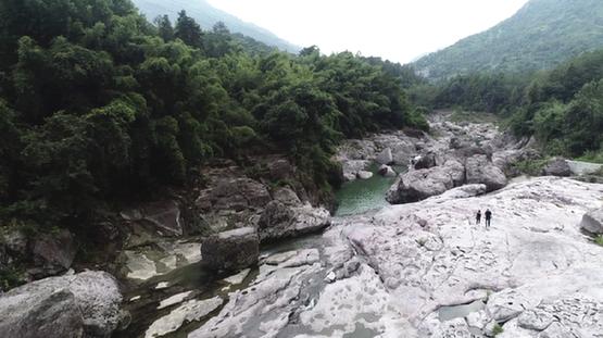 浙江永嘉陡門溪:岩臼天下奇 藏在深谷人未識