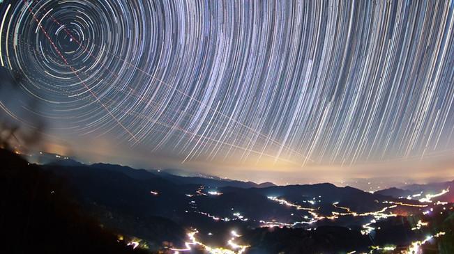 仰望蒼穹 延時攝影邂逅星空奇緣