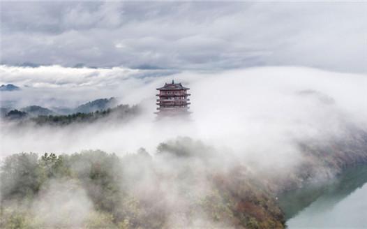 江西武寧:西海樓雲影