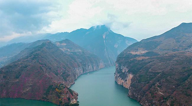 三峽175水位新景觀 朝辭白帝雲水間