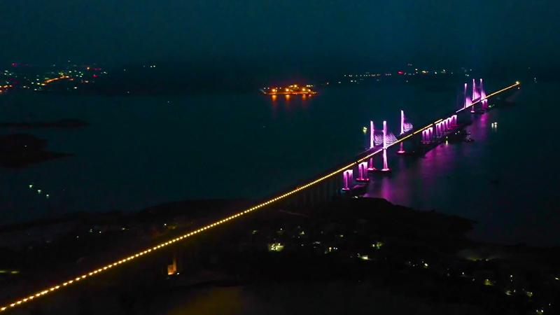 美!這座海上大橋開啟了燈光首秀