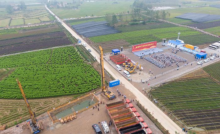 荊荊鐵路開工建設 設計時速350公裏