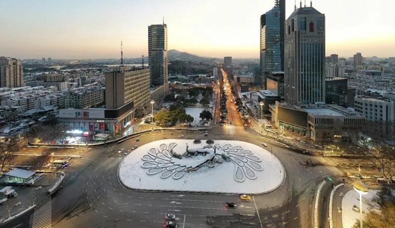 """【""""飛閱""""中國】南京一夜雪無 為城市守護者點讚"""