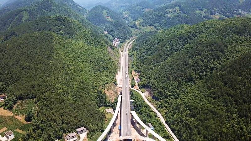 沿著高速看中國丨建恩高速 鄂西山區人民的幸福路