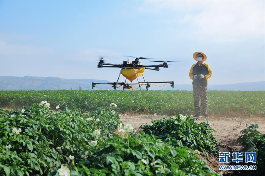 農業部通知:補貼植保無人飛機 引導規模應用