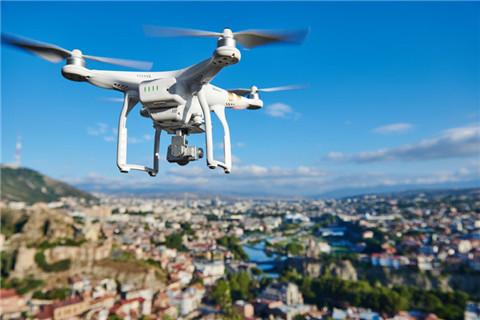 CNN一輕量級無人機獲批在人群上空飛行