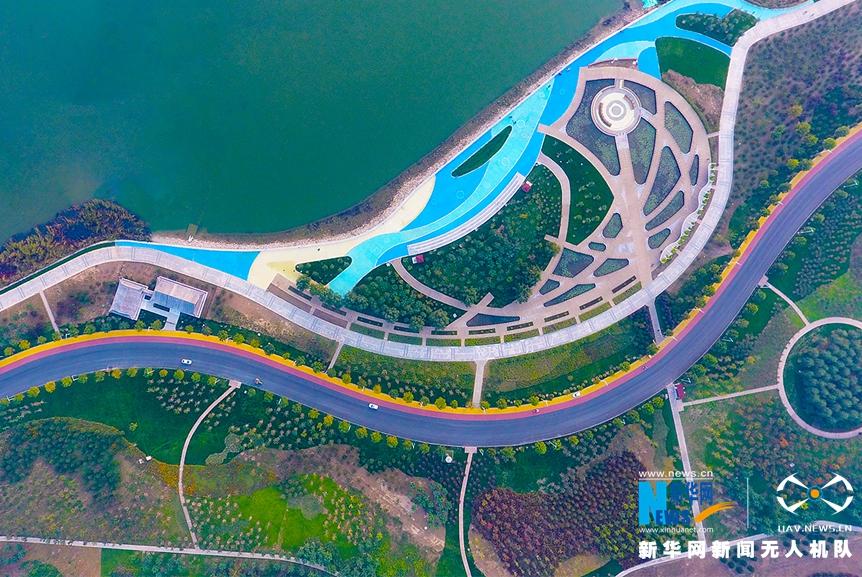 航拍:滹沱河兩岸閉合三色風景路