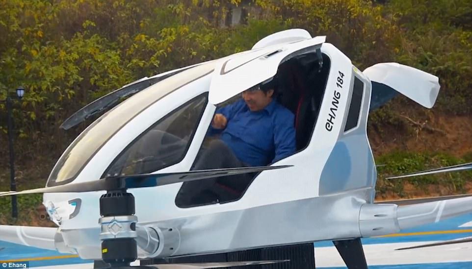 載客無人機三分半鐘飛半小時汽車車程