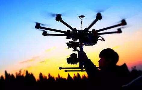 """""""無人機飛手""""正成為中國農村新職業"""
