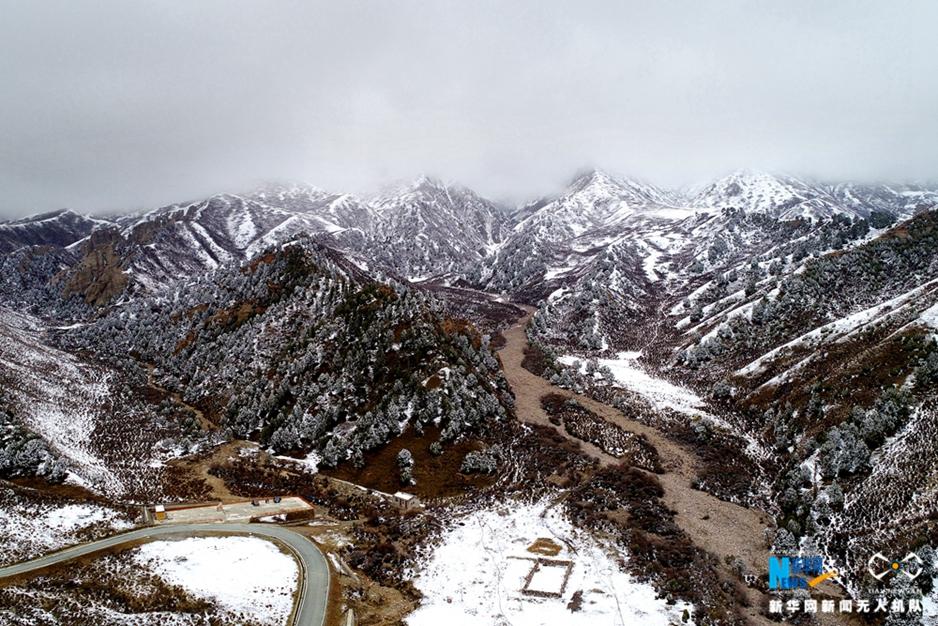 航拍天境祁連:迷人雪景顯壯美