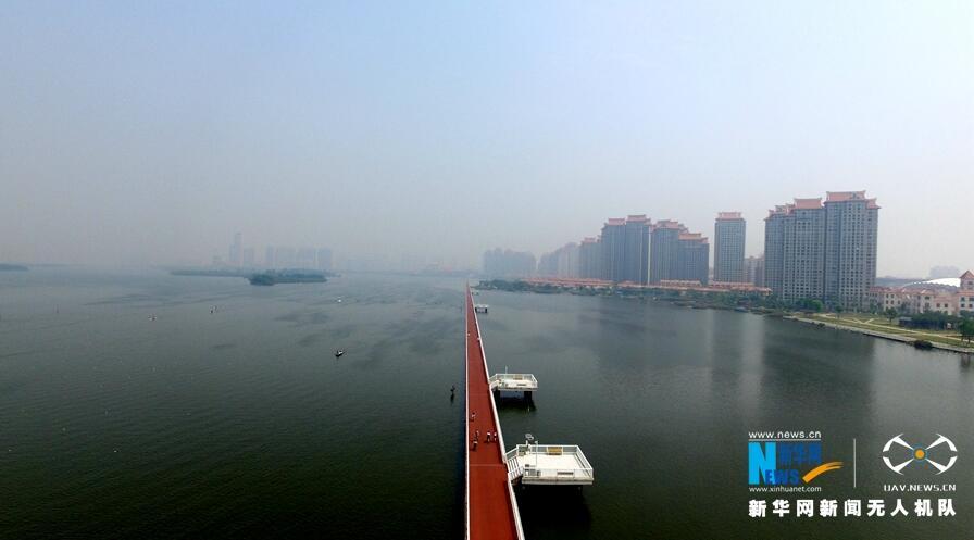 """【""""飛閱""""中國】到海上騎自行車?廈門這條路消暑又刺激"""