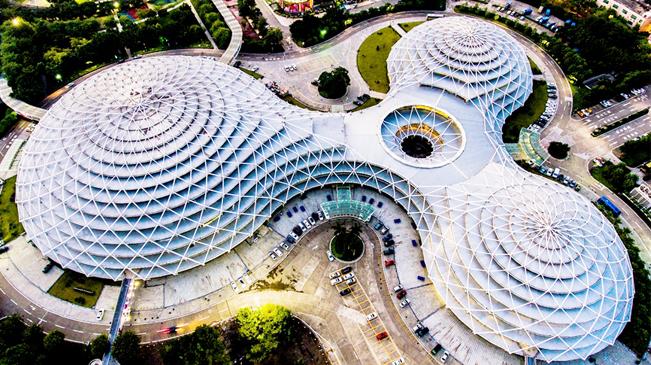 聽,建築在説|航拍嶺南明珠體育館 建築與藝術巧融合